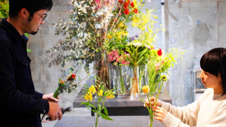 クラウドファンディングプロジェクト:花業界の新しいビジネスモデルを聞き出す対談を届けたい!毎日100人が足を運ぶ【花のあるくらし研究所】