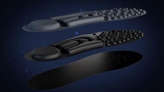クラウドファンディングプロジェクト:歩くだけでマッサージ あなたの足を重力から解放する「3Dインソール」