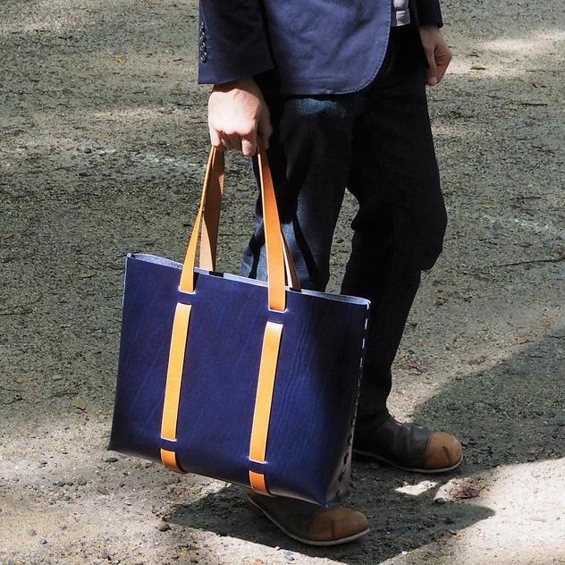 「革綴じ」トートバッグ